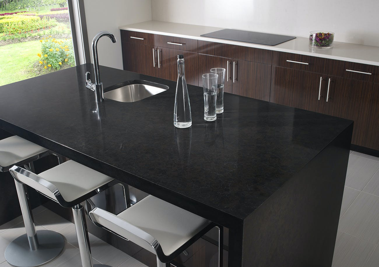 Black silestone kitchens for Stellar night quartz price